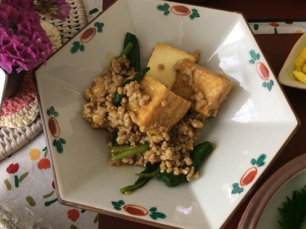 厚揚げ小松菜とひき肉のカレー炒め